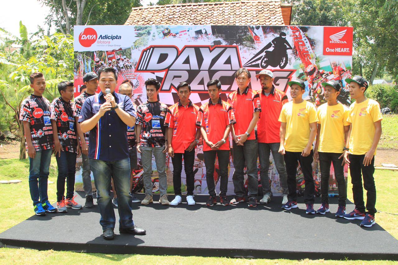 Trijaya, Jayadi dan Golden Jadi Bagian Honda Daya Racing Team 2017