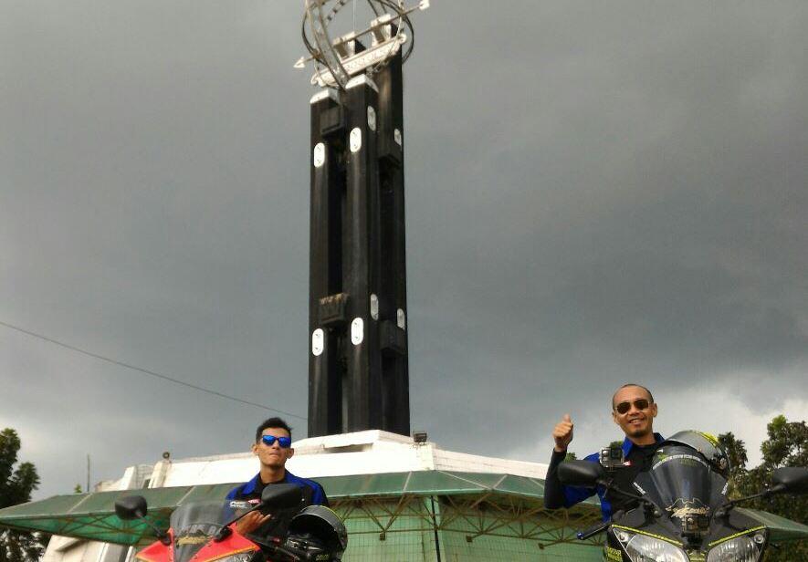 Ravens Squad Cetak Sejarah di Tugu Khatulistiwa