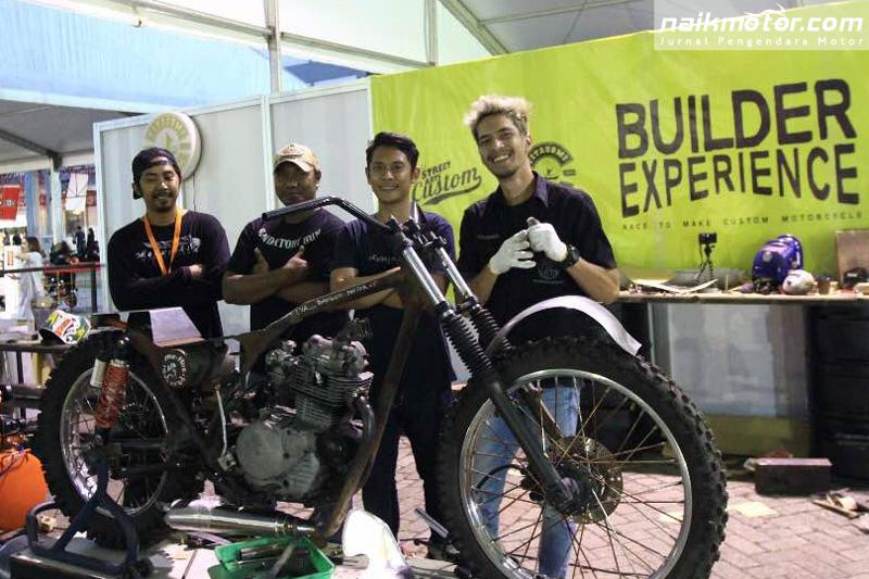 Tiga Bengkel 'Keroyokan' Modifikasi Binter Mercy di Builder Experience IIMS 2017