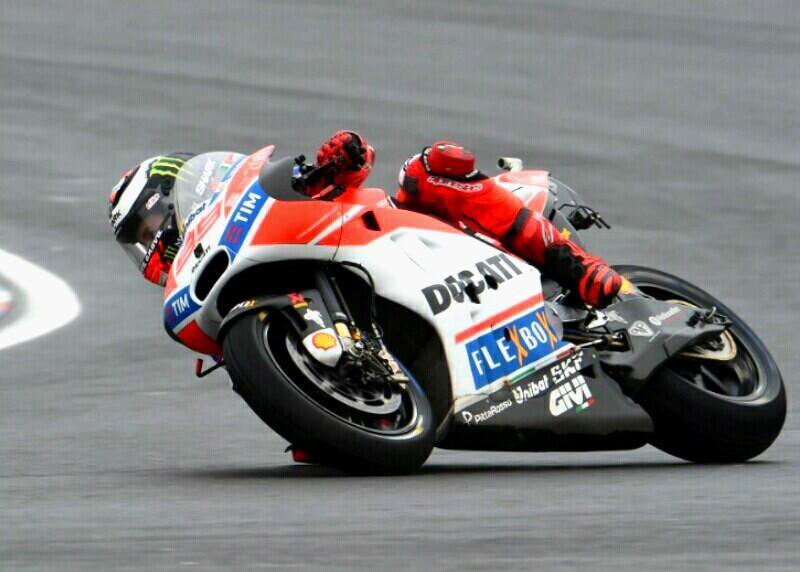 Tim Ducati Lakukan Berbagai Tes Hadapi MotoGP 2017 Le Mans