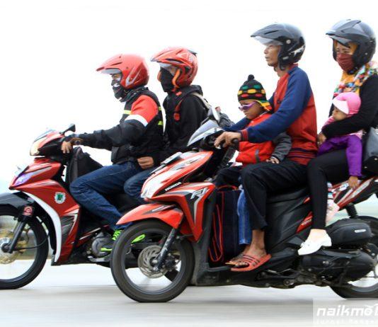 Potret Pemudik Naik Motor 2017 Bagian 3