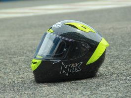 Helm baru NHK BUat Balap Motor
