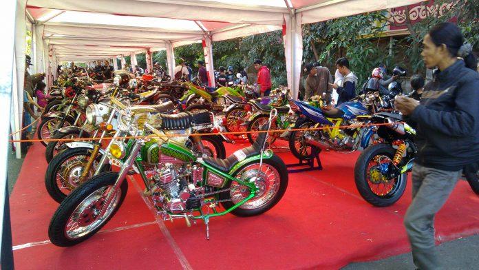 Honda Modif Contest 2017 Surabaya