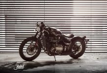 Tiga model motor Triumph custom diler