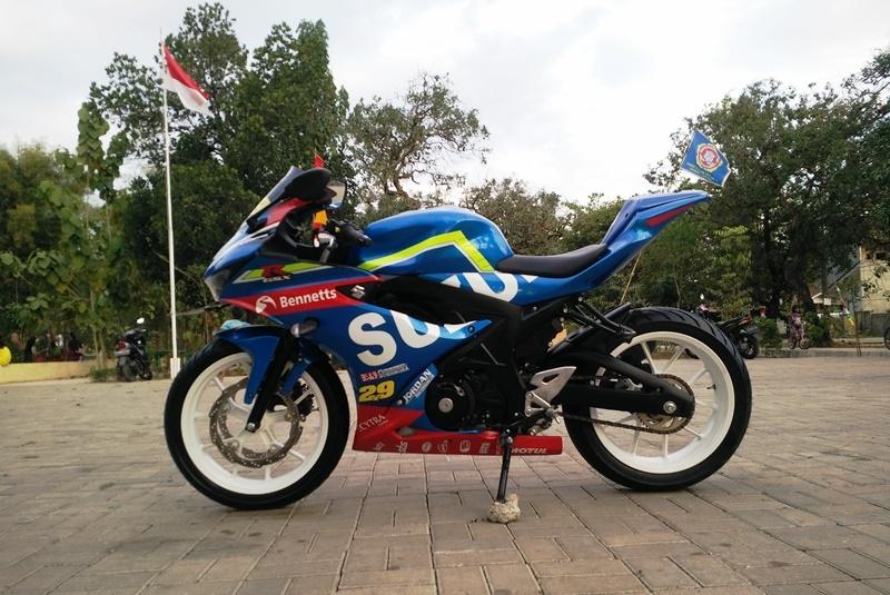 Modifikasi Suzuki GSX-R150, Jadi Kece Paduan MotoGP Dan BSB