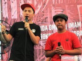 Penjual Soto Asal Jombang Terpilih Riding Bareng Artis di Motorbaik