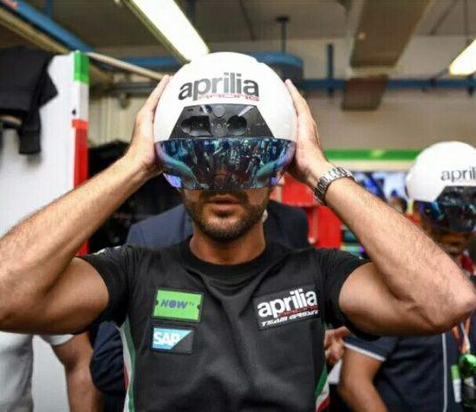 Aprilia Menampilkan Augmented Reality Helmet