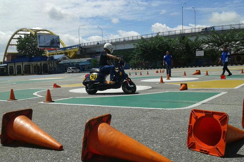 Kutu Region Pekanbaru Asah Keterampilan Membernya dalam Berkendara Aman