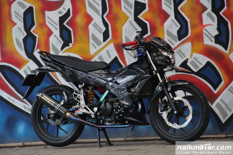 Modifikasi Suzuki Satria Blackened Jengah Sama Gaya Alay
