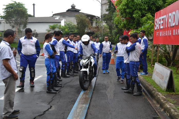 Sertifikasi Safety Riding Khusus Instruktur