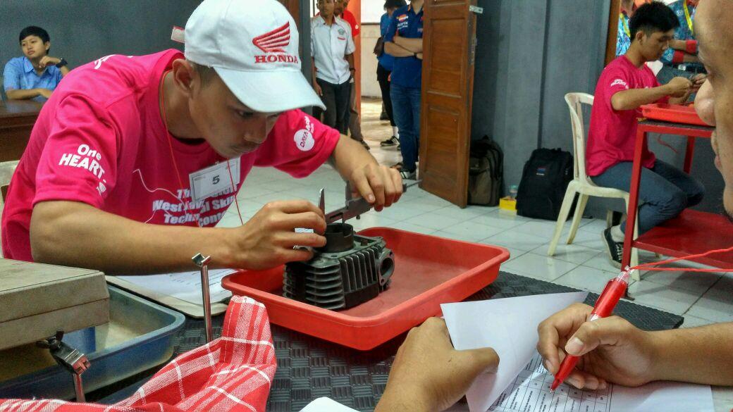 PT Daya Adicipta Motora menggelar Honda Technical Skill Contest