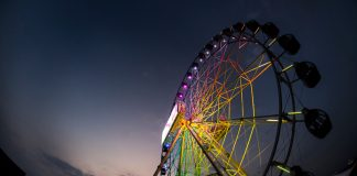 J-Sky Ferris Wheel