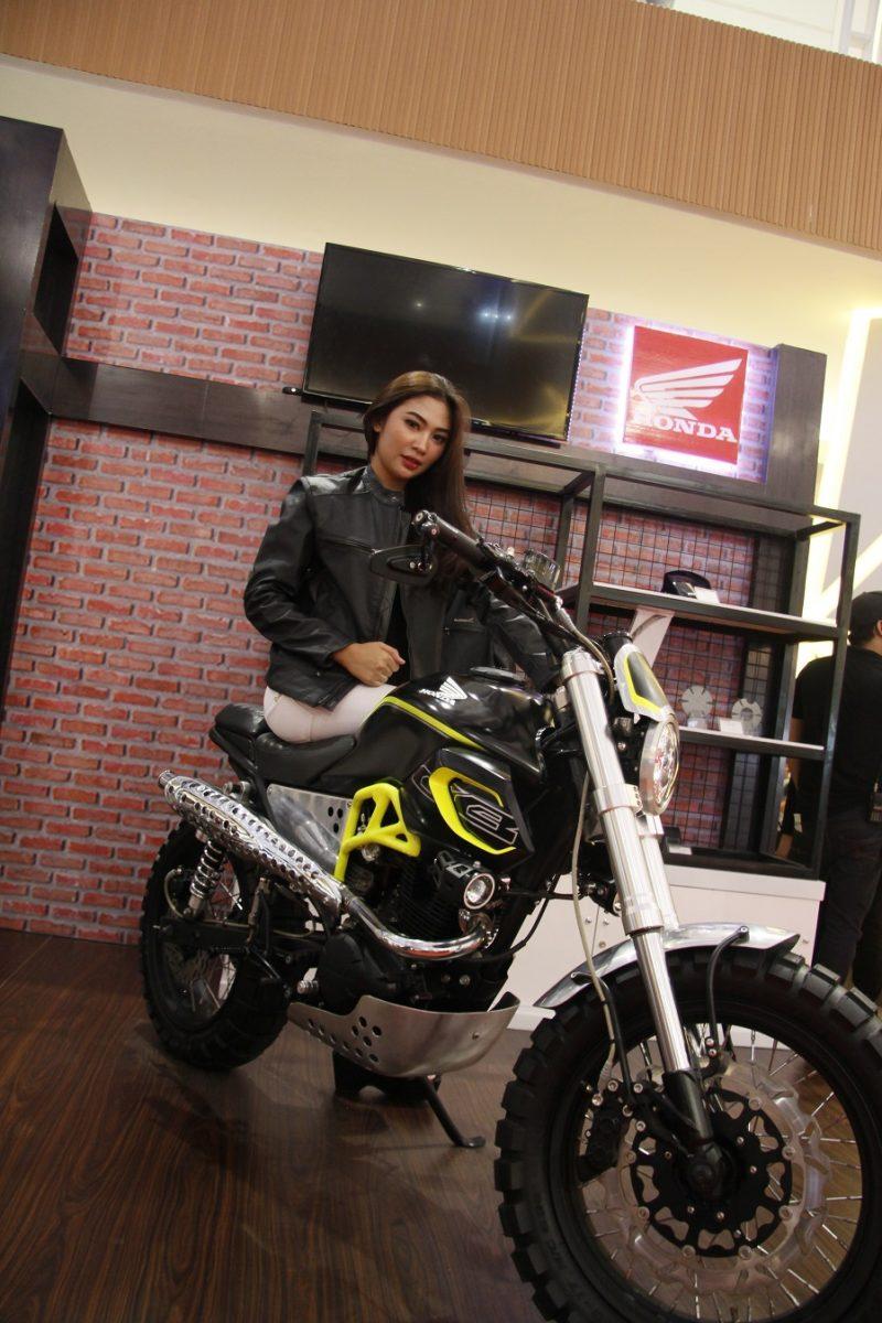Wahana Memperkenalkan Honda Cb150 Verza Untuk Jakarta Tangerang Yamaha Xabre Sepeda Motor Otr Ampamp Pada Acara Launching Bertema Ride More Do Ini Diisi Dengan Beragam Kegiatan Mulai Dari Unit Sales Genuie Parts And Accessories