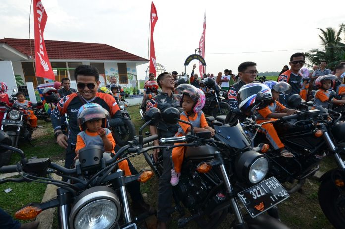 Rebel Owners Community Bakti Sosial