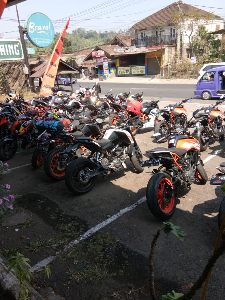 KTM Ride to The Edge