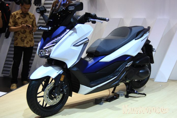 Honda Forza 250