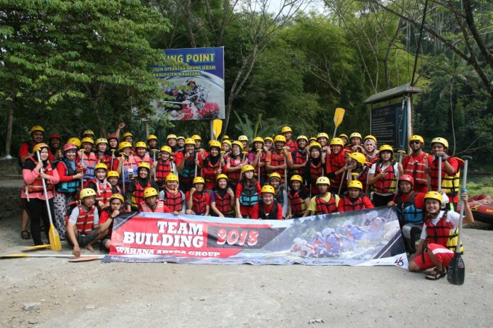 Team Building Wahana