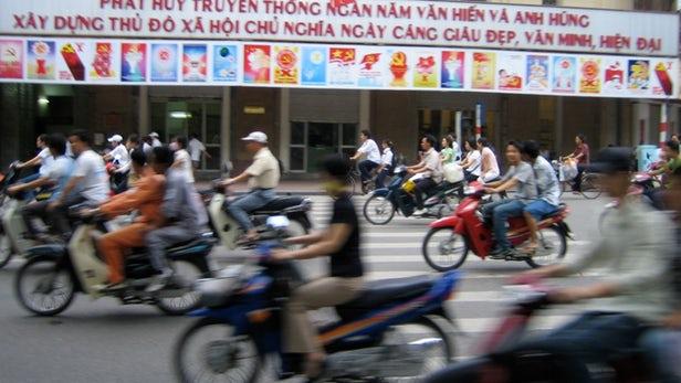 Hanoi Akan Melarang Sepeda Motor Mulai 2030