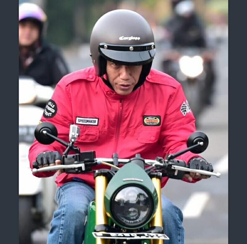 Jokowi Blusukan Bermotor