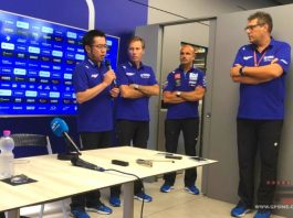 Project Leader Tim Yamaha MotoGP Mundur