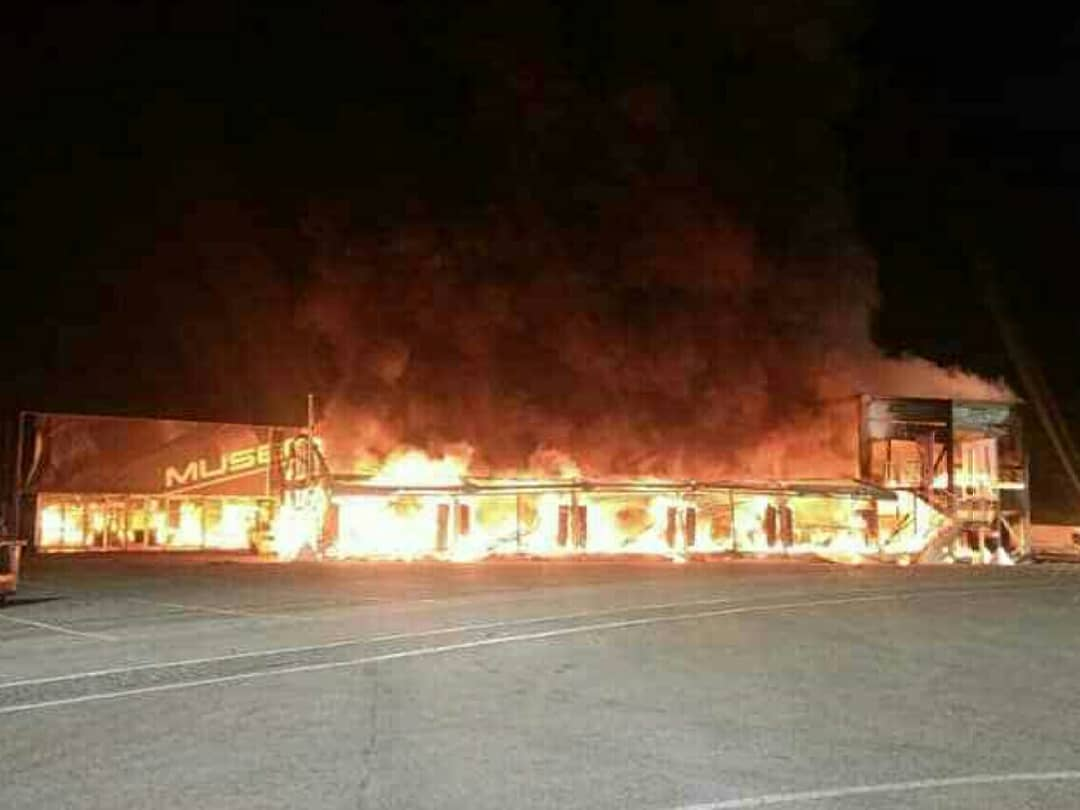 Sirkuit Jerez Terbakar