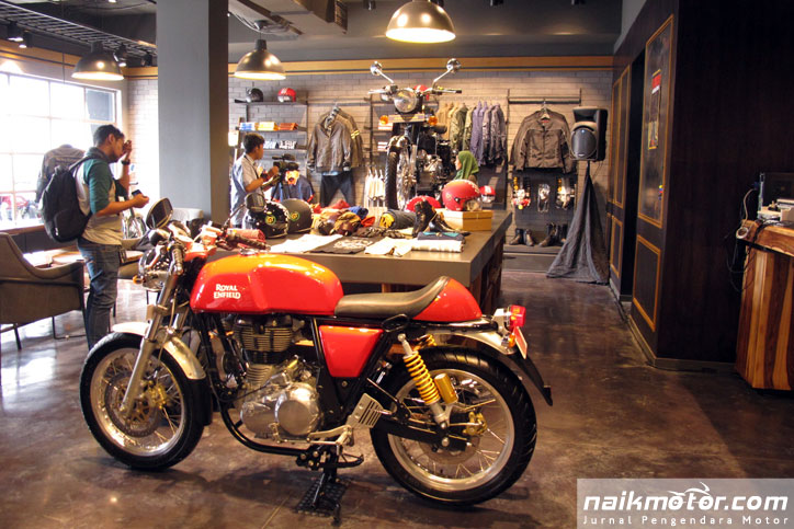 Diler baru Royal Enfield di Sunset Road Bali