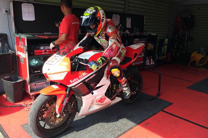 dua rider Honda Trijaya