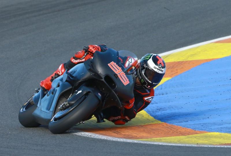 Aksi Perdana Lorenzo di Ducati