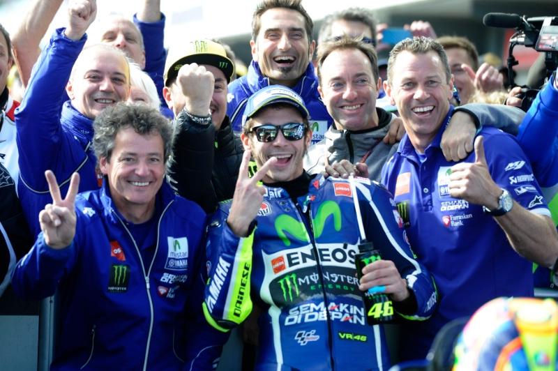 Rossi Sebut Vinales Masalah Baru di Tim Movistar Yamaha