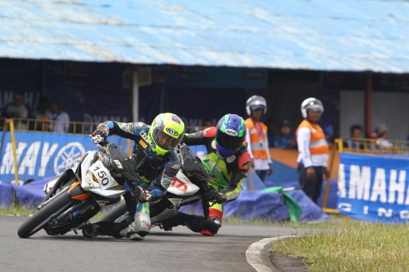 Ban IRC Fasti 1 Bantu Pembalap YCR 2016 Taklukan Sirkuit Bukit Peusar