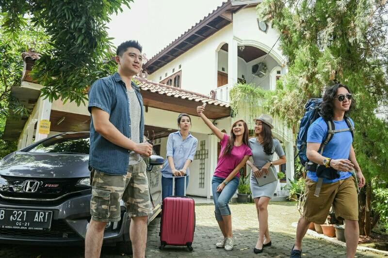 Travellin Perlindungan Asuransi Perjalanan Adira