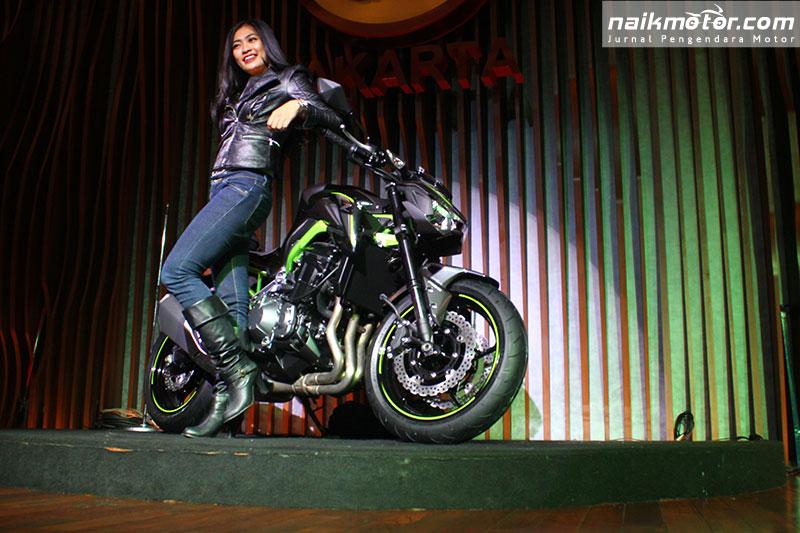 Peluncuran Super Naked Kawasaki Z900