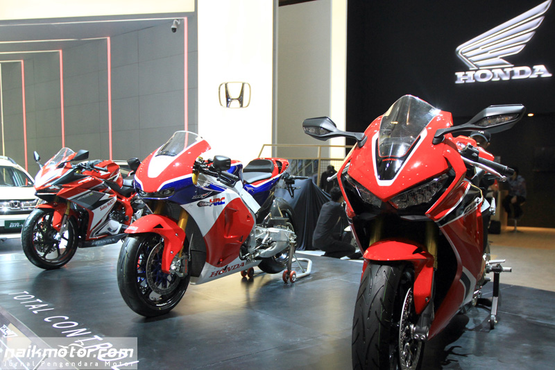 Deretan Big Bike Dominasi Booth Honda di IIMS 2017