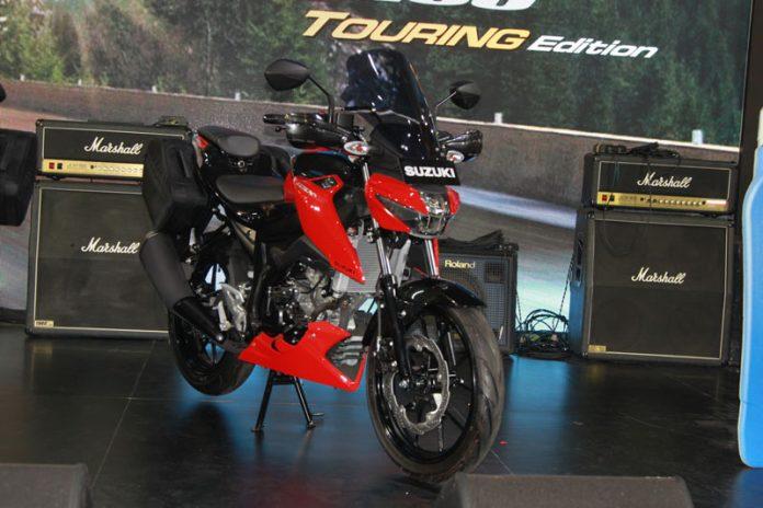 Suzuki meluncurkan varian baru GSX-S150 Touring edition