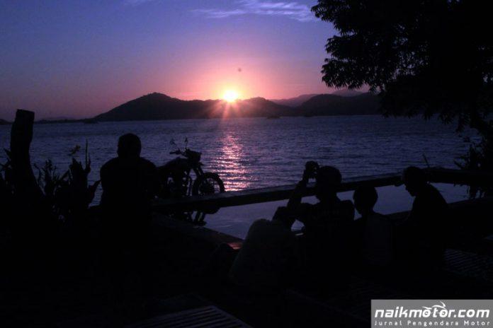 Royal Enfield Jelajah Lombok