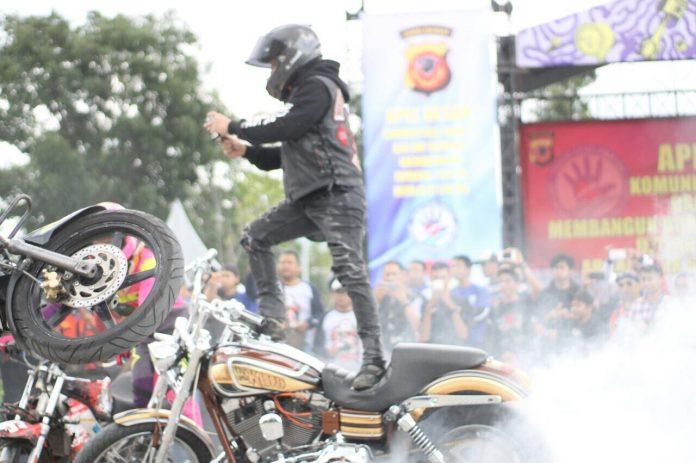 Aksi Freestyler Stuntrock Indonesia
