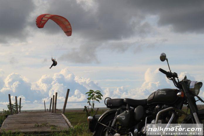 Konsep Baru Petualangan Naik Motor dan Terbang ke Geopark Ciletuh
