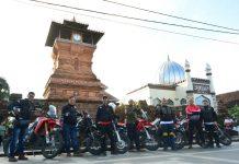 Supermoto Indonesia Ziarah Ke Makam Wali Songo