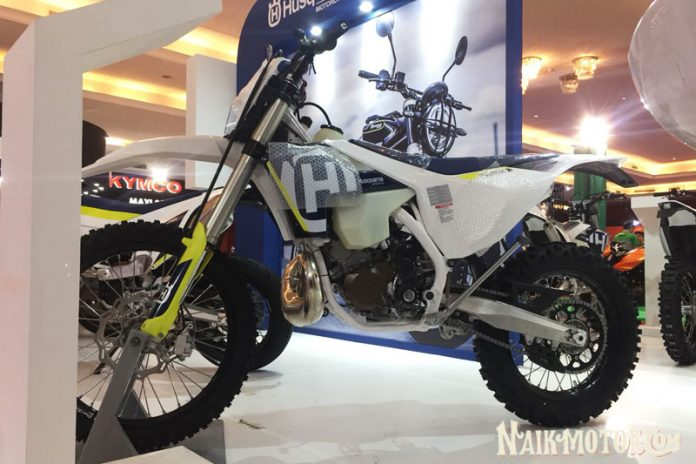 Husqvarna bawa motor 2-tak fuel injection