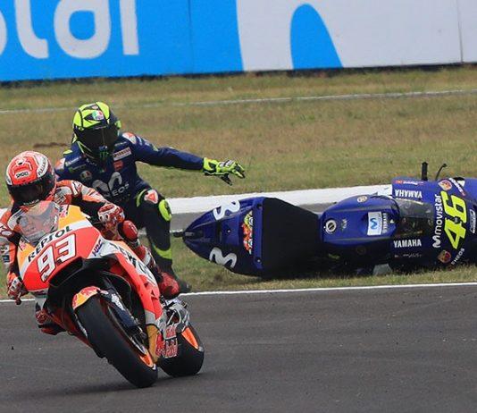 Aksi Marquez Jatuhkan Rossi