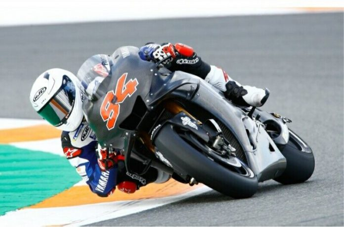 Jonas Folger untuk pertama kalinya di atas motor MotoGP
