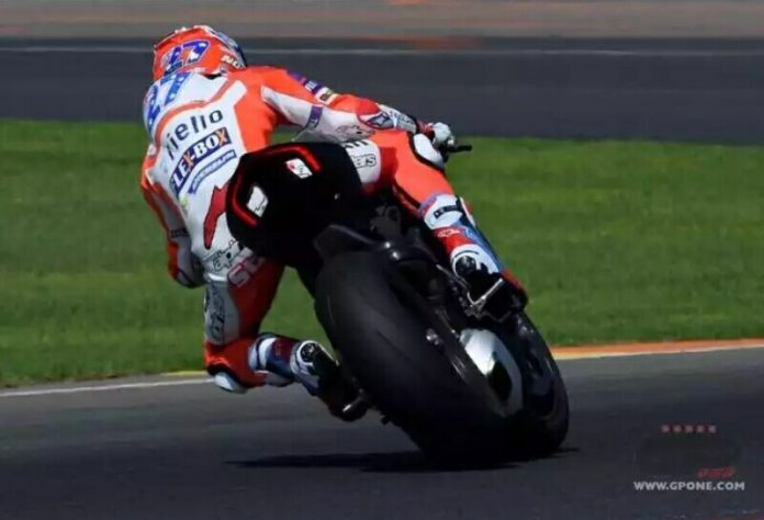 Casey Stoner Tidak Lagi Menjadi Test Rider Ducati di Musim 2019