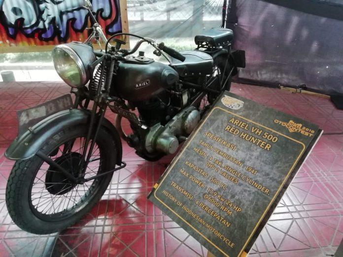 Cuplikan Sejarah Motor di Indonesia Ada di UMS Otocontest 2018