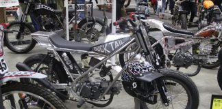 Motor Flat Track Have Fun Karya Garage Ducktail