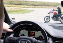 Bikin Motor Berkomunikasi dengan Mobil