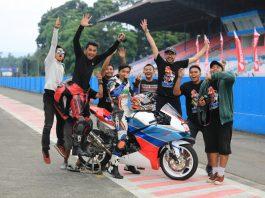 Tim Buryam Mahendra Motorsport