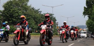 Wahana Mendukung Riding dan Supermoto Street Modification CRF150L