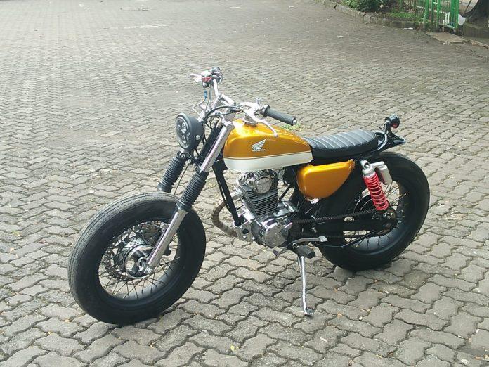 Memodifikasi Honda CB100 1976