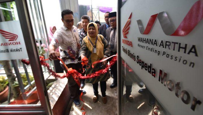 Wahana Tambah SMK Binaan dengan SMK Iptek Jakarta Timur