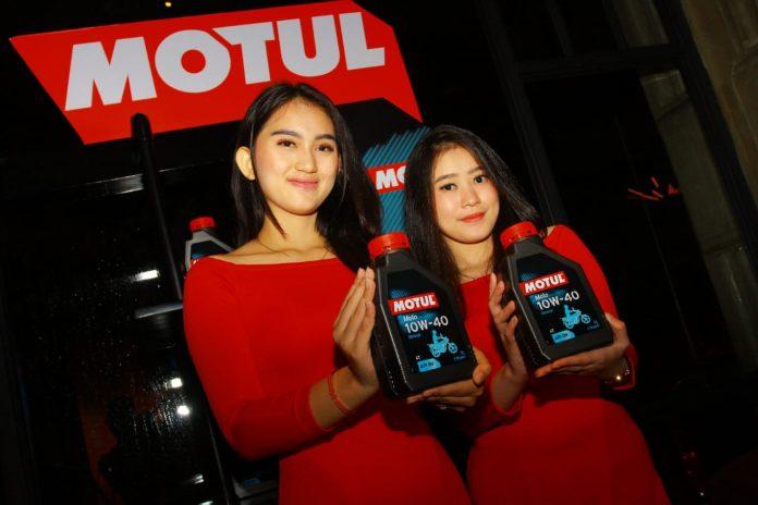 Motul Moto 10W-40 MA2